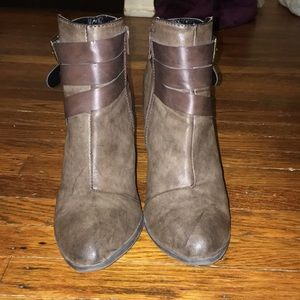 Shoes - Size 8 Distressed Brown Booties
